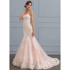 sophisticated lace wedding dresses
