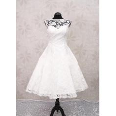 Beautiful Scoop A-Line/Princess Wedding Dresses Tea-Length Lace Sleeveless