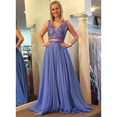 Chiffon V-neck A-Line/Princess Newest Prom Dresses (018210331)