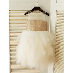 A-Line/Princess Scoop Neck Knee-length With Ruffles Tulle/Sequined Flower Girl Dresses