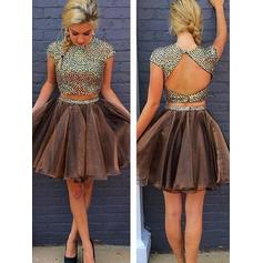 A-Line/Princess Tulle Cocktail Dresses Beading Scoop Neck Short Sleeves Knee-Length Detachable (016145270)