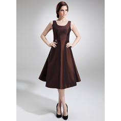 A-Line/Princess Taffeta Sleeveless Scoop Neck Knee-Length Zipper Up at Side Mother of the Bride Dresses