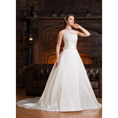 flattering wedding dresses for size 16