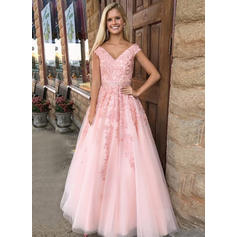 A-Line/Princess V-neck Floor-Length Tulle Evening Dresses With Appliques Lace