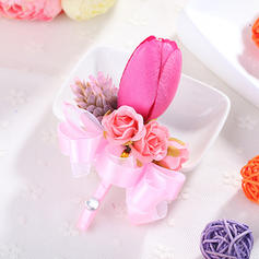 Boutonniere/Men's Accessories Wedding Fabric Girly Wedding Flowers