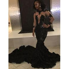 Trumpet/Mermaid Scoop Neck Tulle Long Sleeves Court Train Appliques Lace Evening Dresses