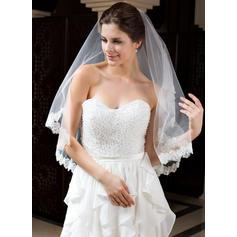 Fingertip Bridal Veils Tulle One-tier Mantilla With Lace Applique Edge Wedding Veils