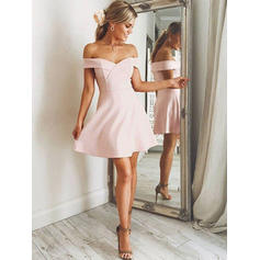 A-Line/Princess Short/Mini Homecoming Dresses Off-the-Shoulder Stretch Crepe Sleeveless (022212446)