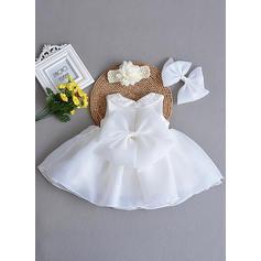 Tecido de seda Peter Pan Collar Curvado Vestidos de batismo do bebê com Sem magas (2001218025)