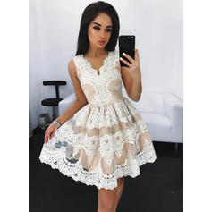V-neck A-Line/Princess Sexy Lace Cocktail Dresses