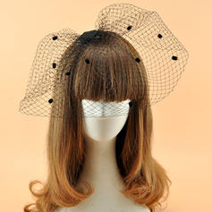 Damer' Elegant Batist Fascinators