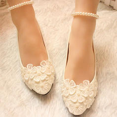 Women's Closed Toe Pumps Low Heel Leatherette With Imitation Pearl Flower Lace-up Chain Wedding Shoes