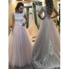 Tulle Sleeveless A-Line/Princess Prom Dresses Scoop Neck Lace Sweep Train