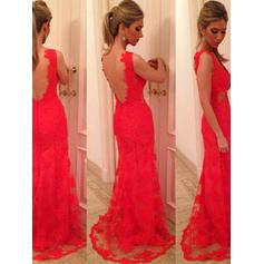 Lace Sleeveless Trumpet/Mermaid Prom Dresses V-neck Sweep Train