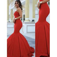 Trumpet/Mermaid Sweep Train Prom Dresses Sweetheart Satin Sleeveless