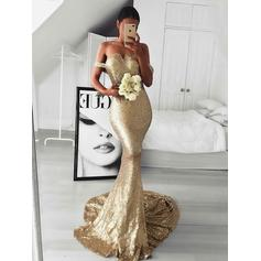 Trumpet/Mermaid Off-the-Shoulder Sequined Sleeveless Sweep Train Evening Dresses