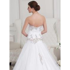 mère mignonne des robes de mariée