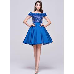 Vestidos princesa/ Formato A Coquetel Vestidos de boas vindas Off-the-ombro Tafetá Lantejoulas Sem magas (022214060)