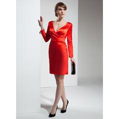 Sheath/Column V-neck Short/Mini Charmeuse Cocktail Dress (002024409)