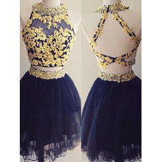 Beading Appliques A-Line/Princess Short/Mini Tulle Homecoming Dresses