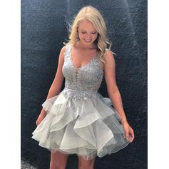 A-Line/Princess Appliques Lace Organza Homecoming Dresses V-neck Sleeveless Short/Mini