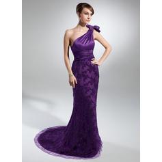 Trompete/Sereia Charmeuse Renda Sem magas Um ombro Cauda de sereia Zipper nas costas Vestidos para a mãe da noiva (008213133)