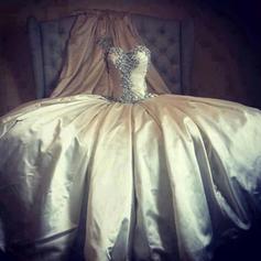 overkommelige vintage brudekjoler