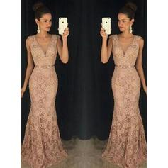 Luxurious Lace Prom Dresses Trumpet/Mermaid Sweep Train V-neck Sleeveless