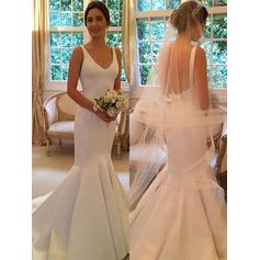 Trumpet/Mermaid V-neck Sweep Train Wedding Dresses With Bow(s)