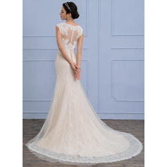 Trumpet/Mermaid V-neck Court Train Tulle Lace Wedding Dress (002107832)