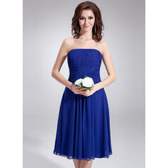 A-Line Strapless Knee-Length Chiffon Bridesmaid Dress With Ruffle (007020862)