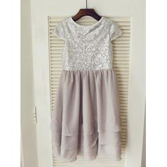 A-Line/Princess Scoop Neck Knee-length With Pleated Chiffon/Sequined Flower Girl Dresses