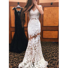 Lace Sleeveless Trumpet/Mermaid Prom Dresses Scoop Neck Sweep Train