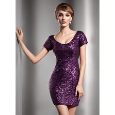 Short Sleeves Scoop Neck Flattering Sequined Sheath/Column Cocktail Dresses (016211038)