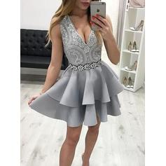 A-Line/Princess V-neck Short/Mini Homecoming Dresses With Beading Appliques Cascading Ruffles