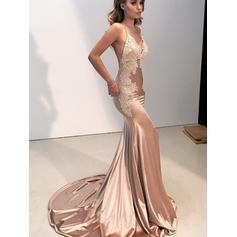 Silk Like Satin Sleeveless Trumpet/Mermaid Prom Dresses V-neck Appliques Lace Sweep Train