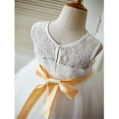 vintage looking flower girl dresses