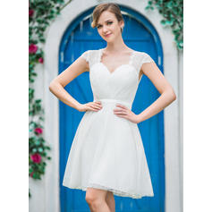 A-Line/Princess Sweetheart Knee-Length Wedding Dresses With Ruffle (002210562)