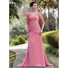 A-Line/Princess V-neck Chiffon Luxurious Mother of the Bride Dresses
