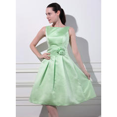 A-Line/Princess Satin Bridesmaid Dresses Flower(s) Square Neckline Sleeveless Knee-Length (007197554)