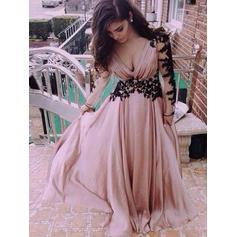 A-Line/Princess Chiffon Prom Dresses Appliques Lace V-neck Long Sleeves Floor-Length