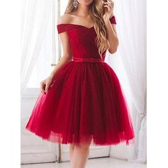 Magnificent Ruffle Sash Bow(s) Tulle Cocktail Dresses Off-the-Shoulder Short Sleeves Knee-Length A-Line/Princess