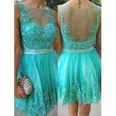 Sash Beading Appliques A-Line/Princess Short/Mini Tulle Homecoming Dresses (022216259)