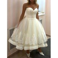 Ball-Gown Sweetheart Tea-Length Wedding Dresses With Lace (002144854)