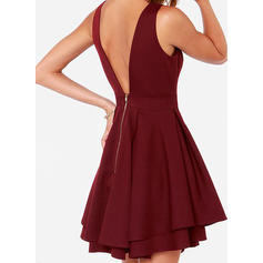 robes de cocktail rouge foncé