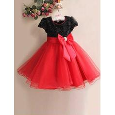 Scoop Neck A-Line/Princess Flower Girl Dresses Tulle/Sequined Bow(s) Sleeveless Knee-length (010211917)