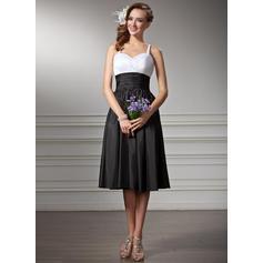Taffeta Sleeveless Empire Bridesmaid Dresses Sweetheart Ruffle Knee-Length