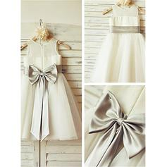 A-Line/Princess Scoop Neck Knee-length With Sash/Bow(s) Tulle Flower Girl Dresses