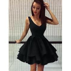 A-Line/Princess Cascading Ruffles Homecoming Dresses V-neck Sleeveless Short/Mini (022216340)