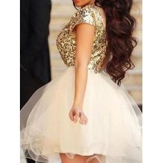 A-Line/Princess Scoop Neck Tulle Short Sleeves Short/Mini Homecoming Dresses